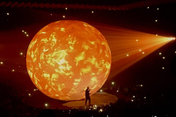 Drake Wows The Audience At The Boy Meets World Tour