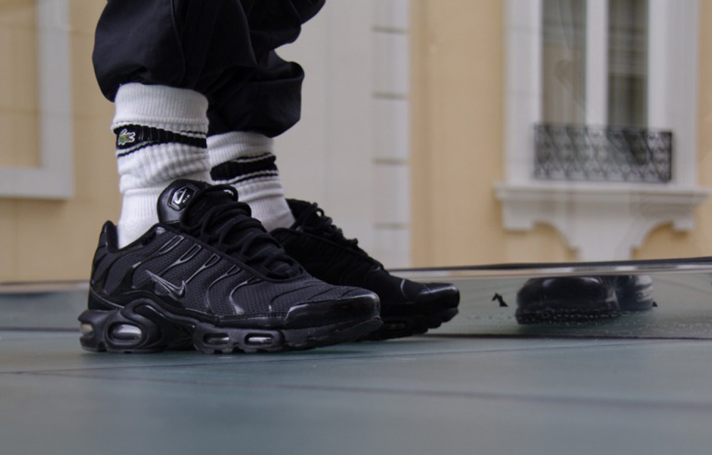 More 90s please: Nike Air Max Tn Sneakers Are Taking Over the Street Scene Again