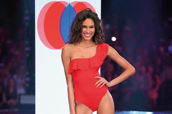 Our Backstage Chat with Cindy Bruna at the Calzedonia Summer Show