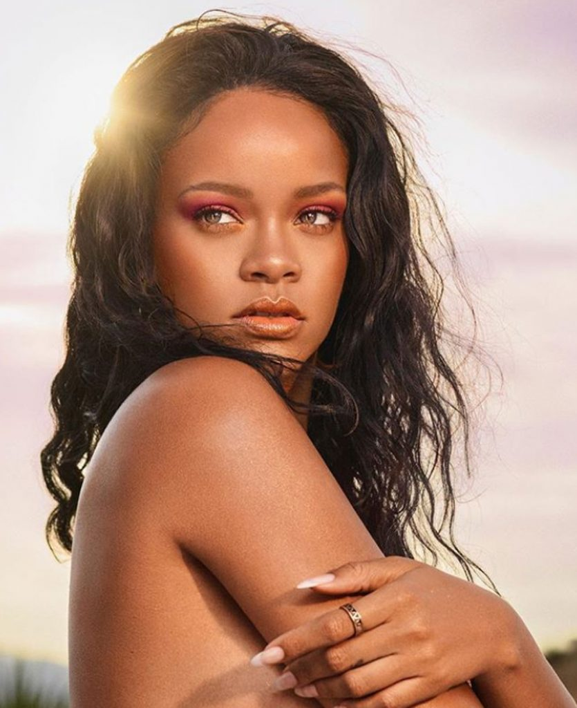 Fenty Beauty Summer Rihanna make-up beach glow