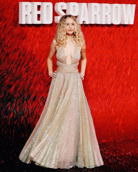 Jennifer Lawrence's Dior Spring 2018 Couture Dress Took 800 Hours to Make