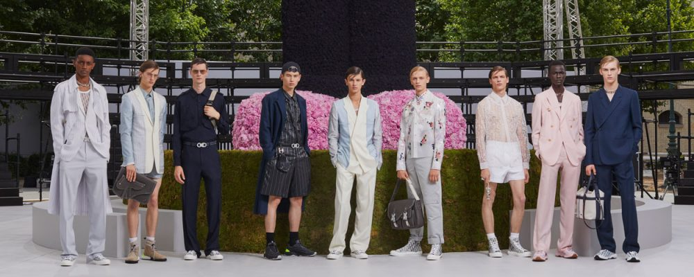 752fd399 Everything You Need to Know About Kim Jones' Debut Collection for Dior Homme.  The latest Paris Men's Fashion Week, for the Spring/Summer 2019 ...
