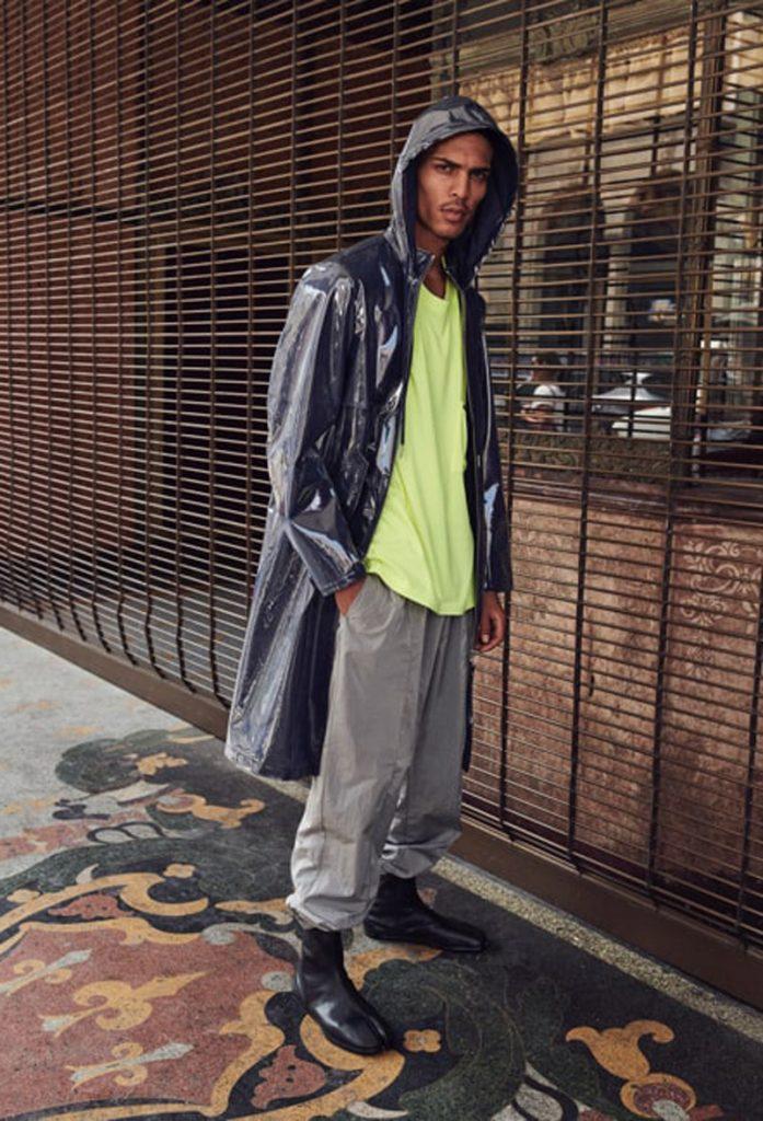 Men's Accessories for Fall 2018: Helmut Lang coat