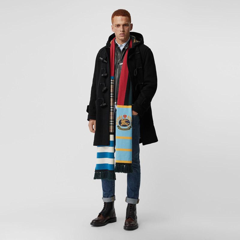 Oversized designer scarves du moment
