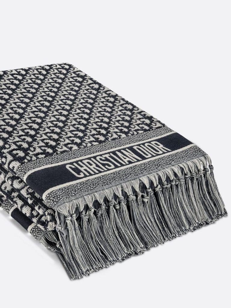 Dior towel